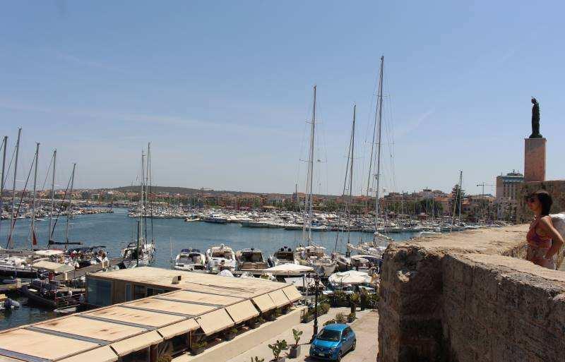 Hafen Alghero, Sardinien