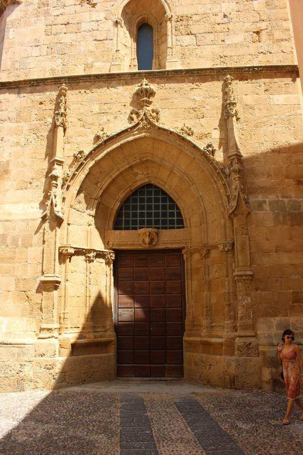Kirche Alghero, Sardinien