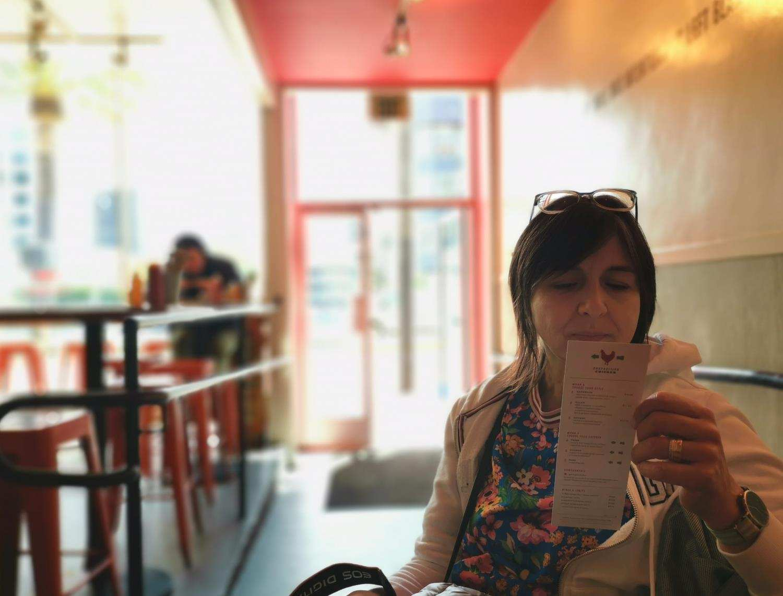 Im Restaurant - Portraitaufnahme