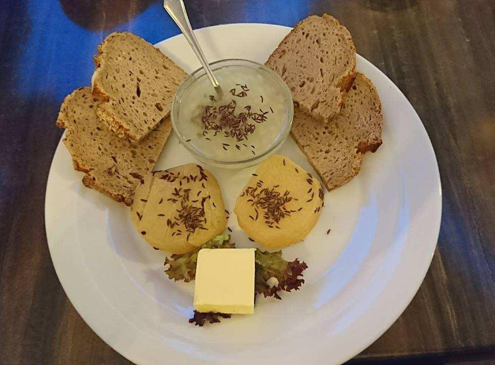 Handkäs in Wiesbaden im Restaurant Bäckerbrunnen