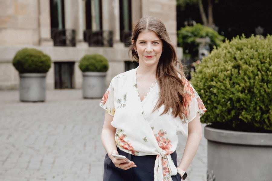 Jennifer Tomandl Social Media & Online Marketing