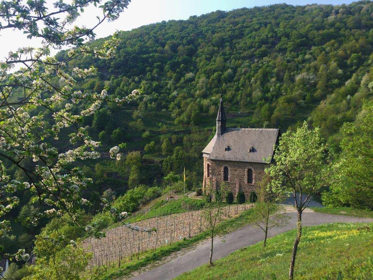 Kirche bei Lorch Rheingau
