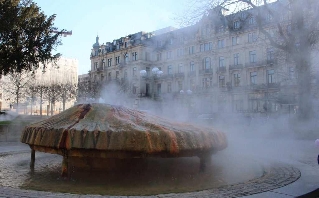 Kochbrunnen am Kranzplatz Wiesbaden