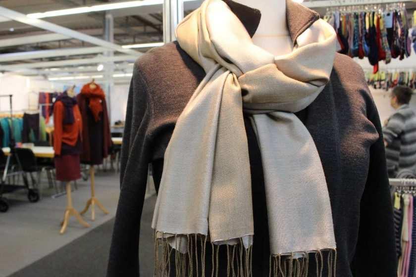 Schal aus Kaschmir und Seide aus Nepal