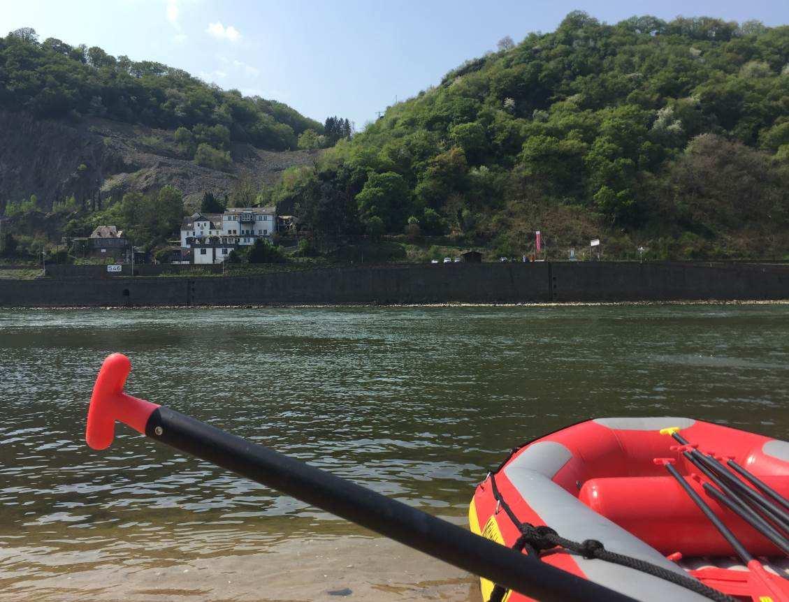 Mittelrhein Rafting Boot auf dem Rhein