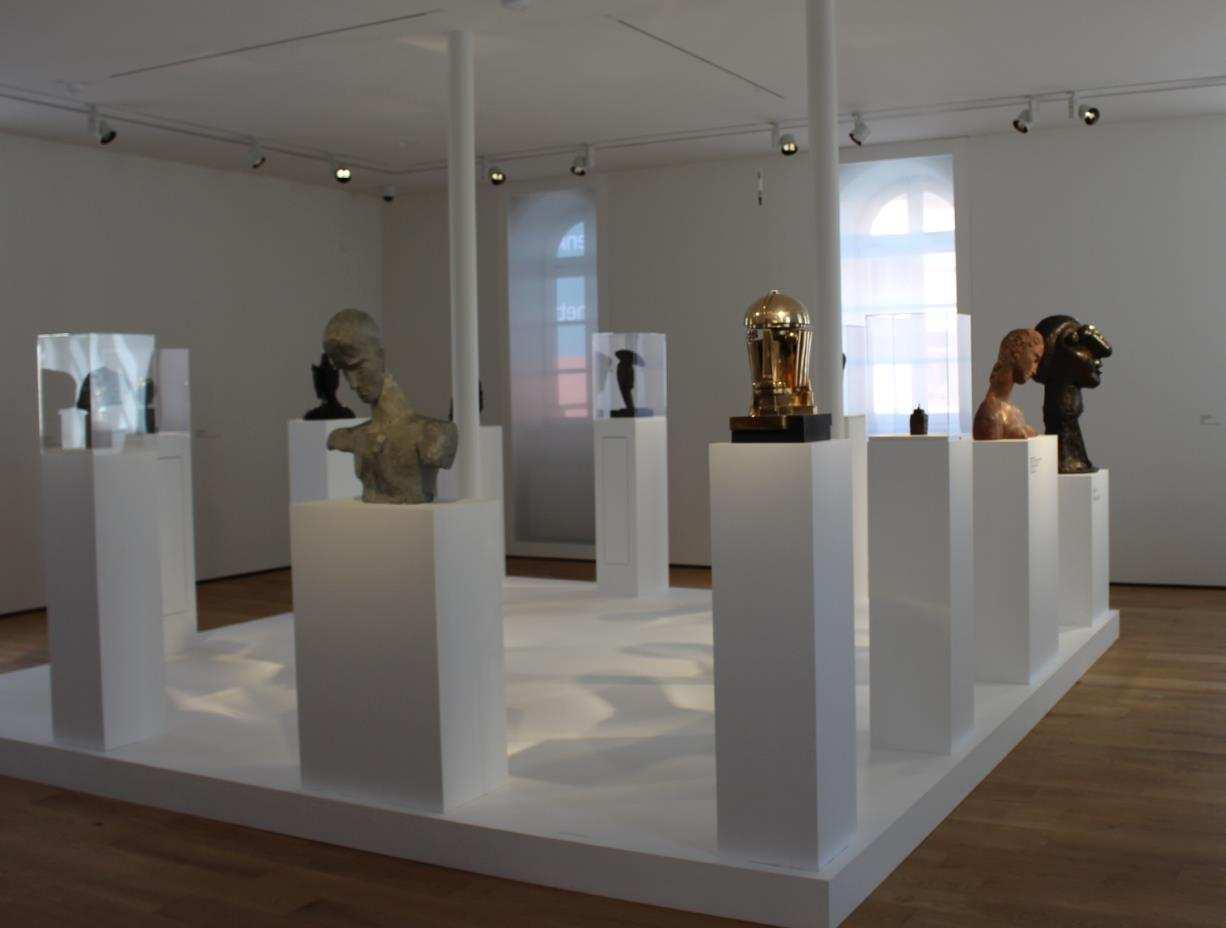 Portraits in der Ausstellung Mensch