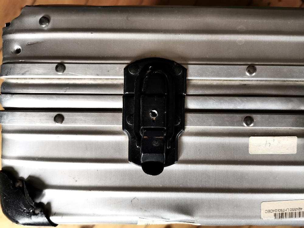 Rimowa Koffer Aluminium Detail