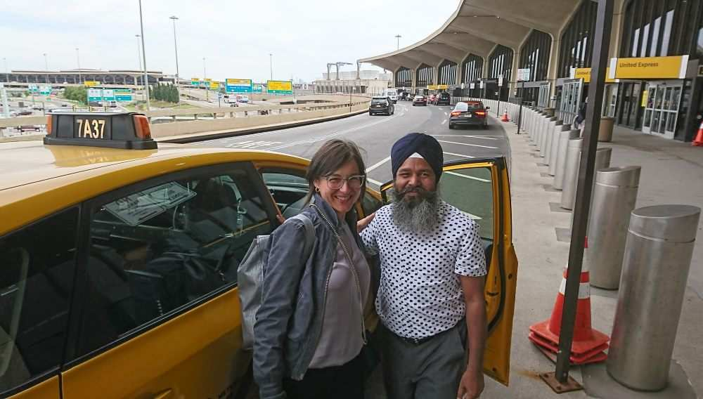 Taxi shuttle to airport NYC