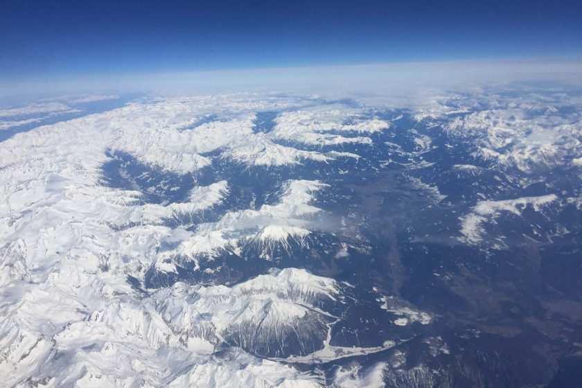 Welt von oben aus dem Flugzeug